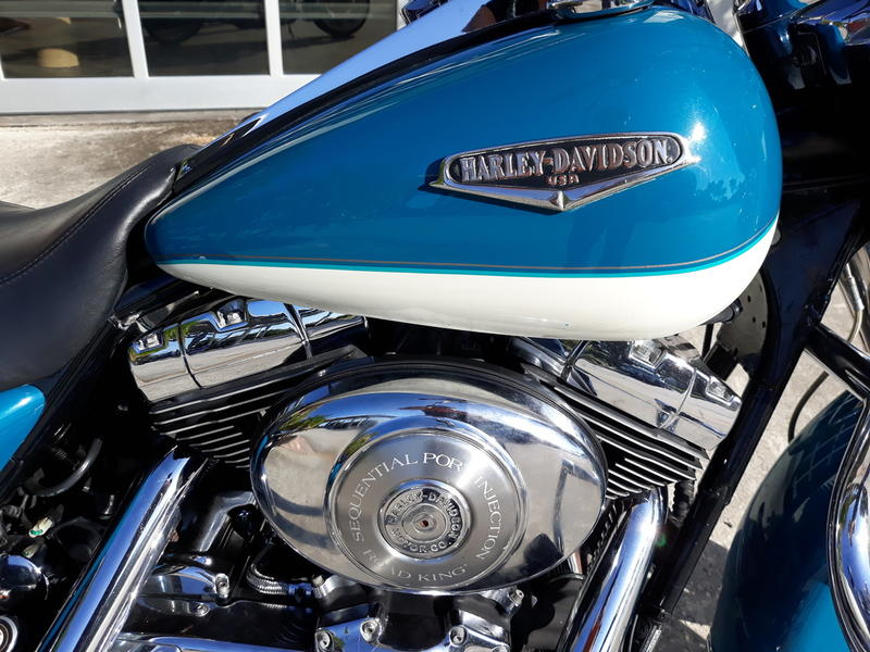 Pre-Owned 2001 Harley-Davidson Road King Classic