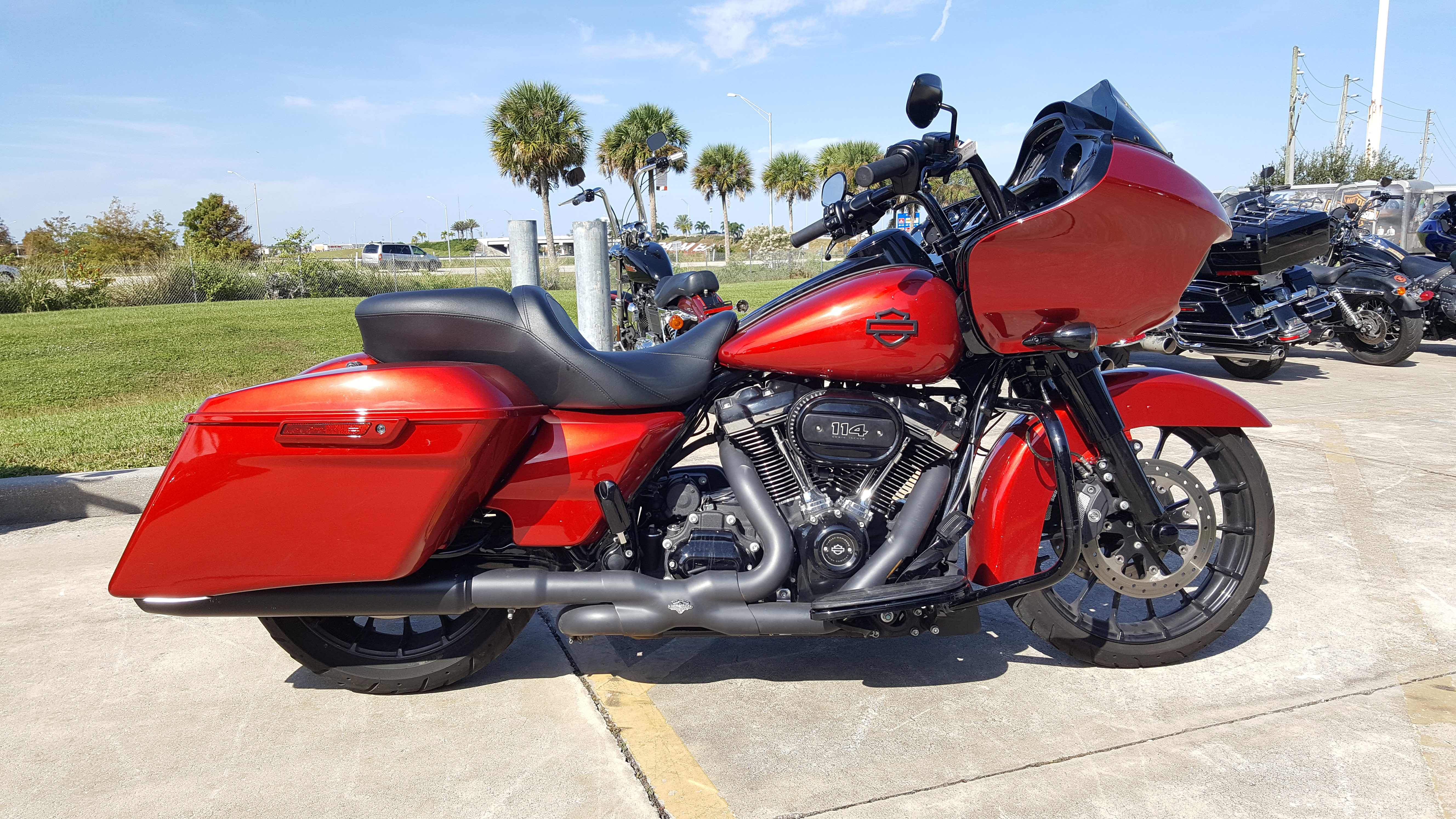 Pre-Owned 2018 Harley-Davidson Road Glide Special