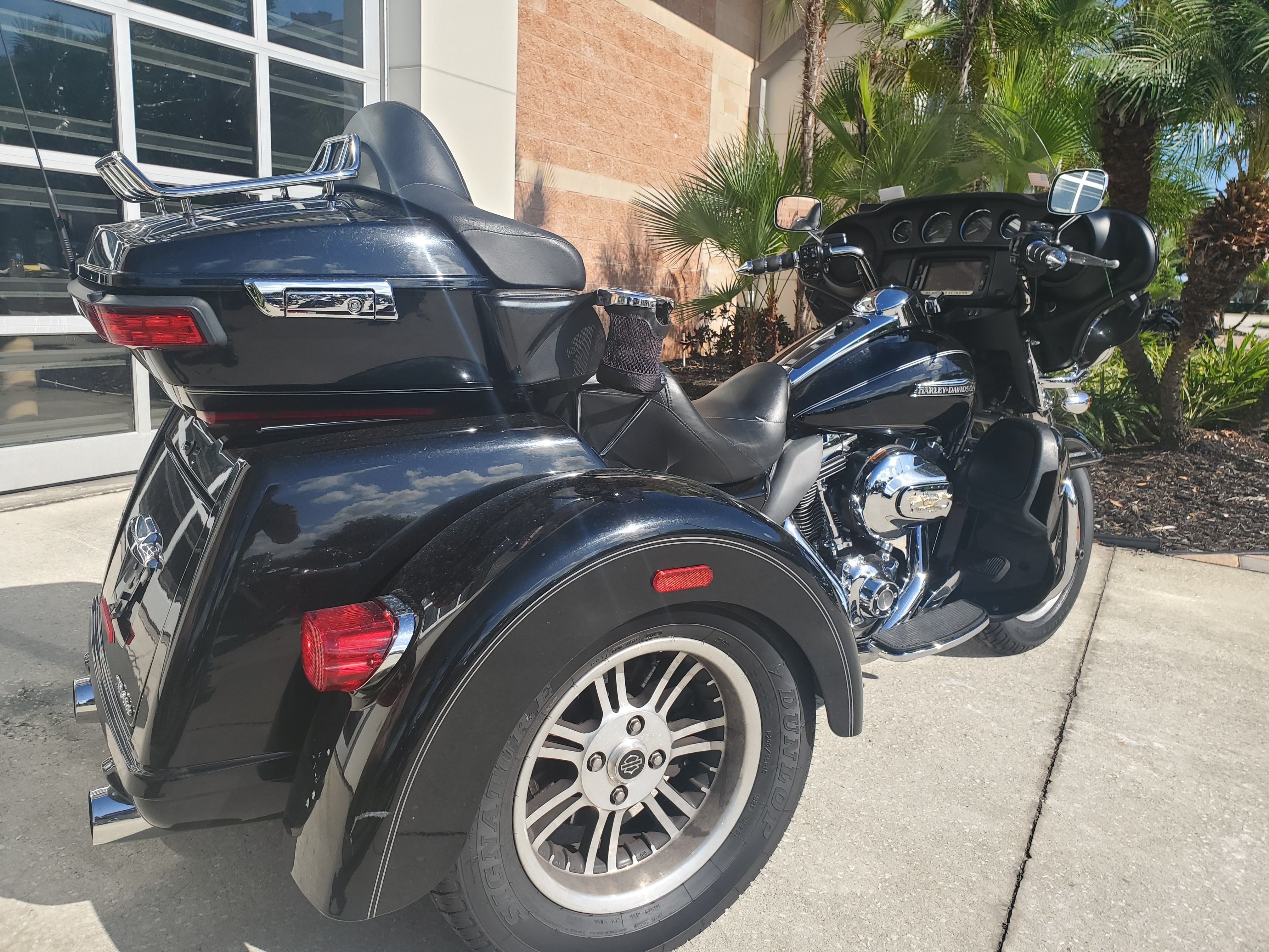 Pre-Owned 2016 Harley-Davidson Tri Glide Ultra Classic