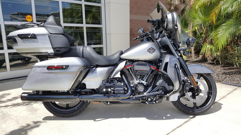 New 2019 Harley-Davidson CVO Limited