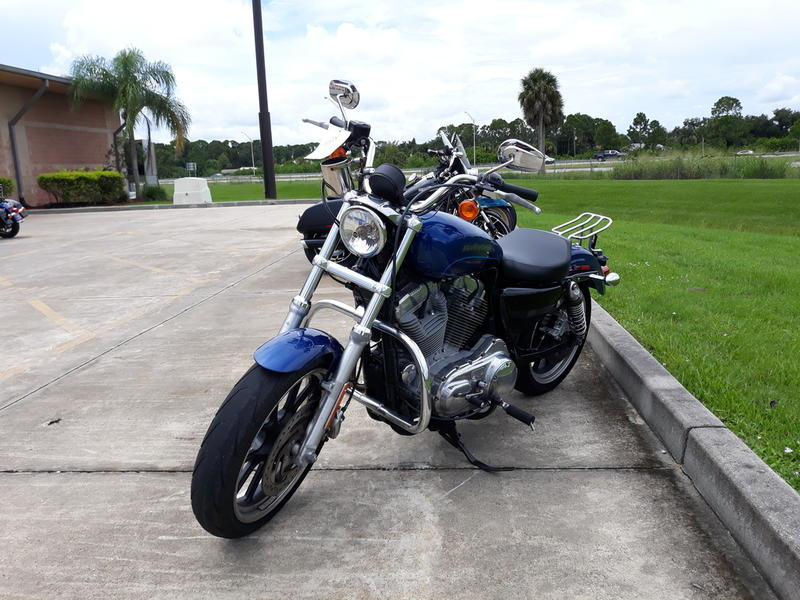 Pre-Owned 2017 Harley-Davidson XL883L - SuperLow