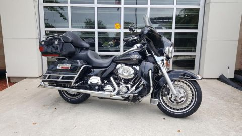 Pre-Owned 2010 Harley-Davidson Electra Glide Ultra Classic