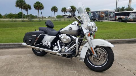 Pre-Owned 2009 Harley-Davidson Road King Classic